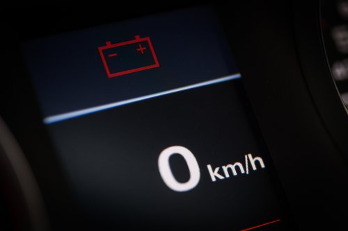 quand recharger batterie voiture ?