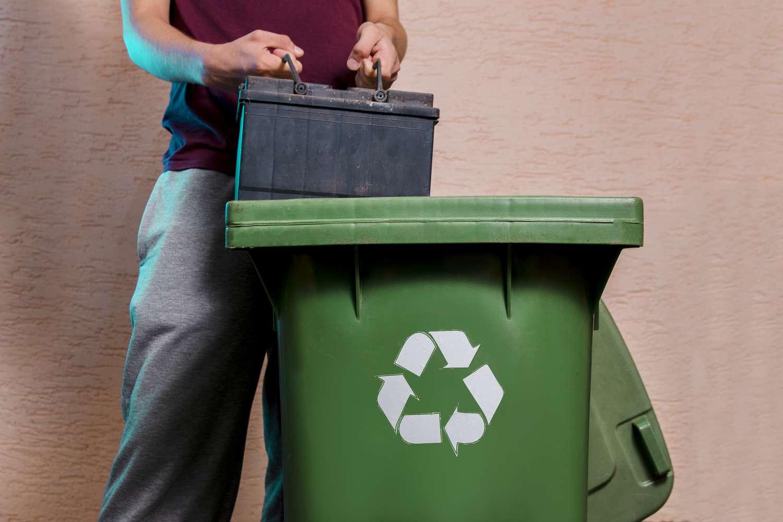 Comment recycler la batterie de ma voiture ? | Vroomly